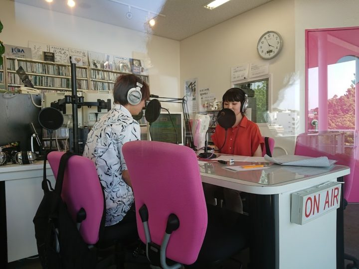 YSAライダー、FMラジオでトーク